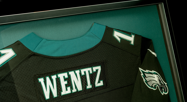 Framed Eagles Wentz jersey